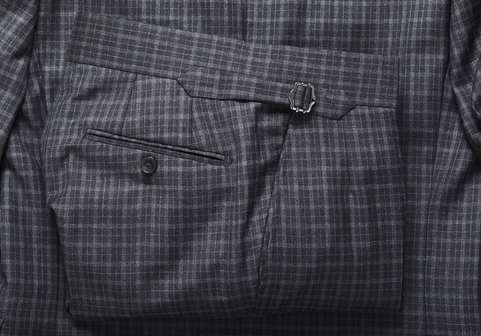 Grey_Plaid_Suit_109
